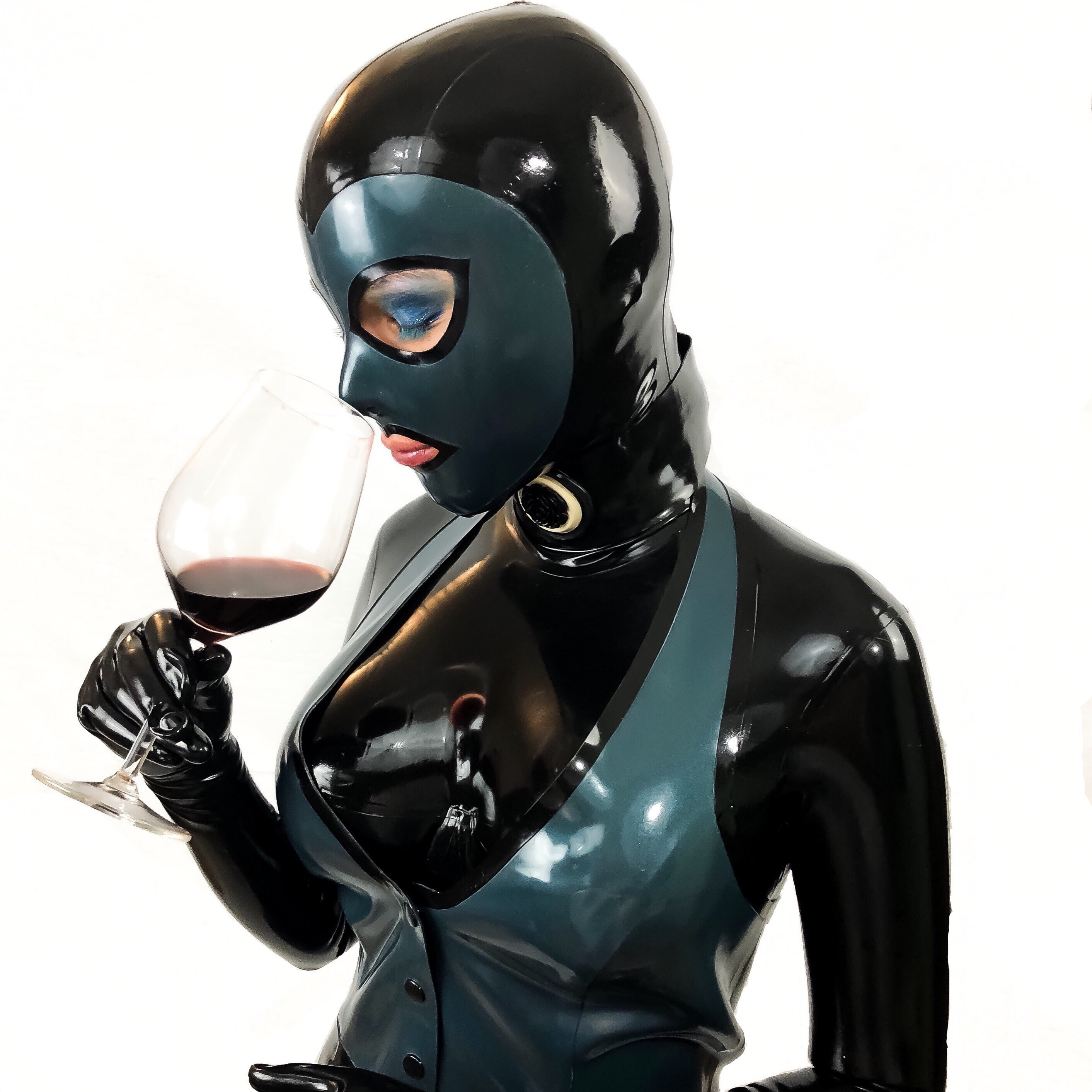 Suitop Free Shipping Sexy Fetish Latex Hood Rubber Mask With Mouth Condom